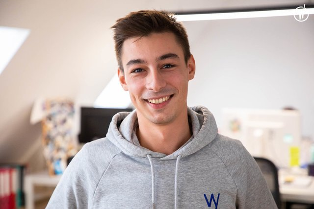 Rencontrez Cyprien, Head of Marketing. - Wavy