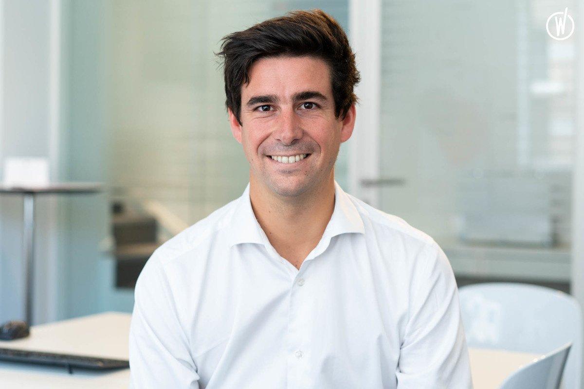 Rencontrez Augustin, Ingénieur Commercial - Flexsi