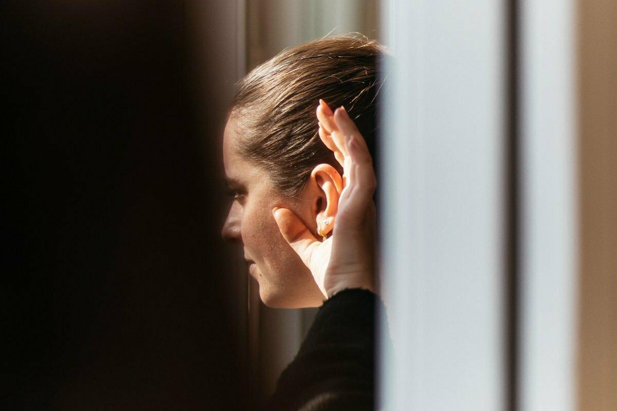 Aktívne počúvanie: ako naozaj počúvať ostatných v práci?