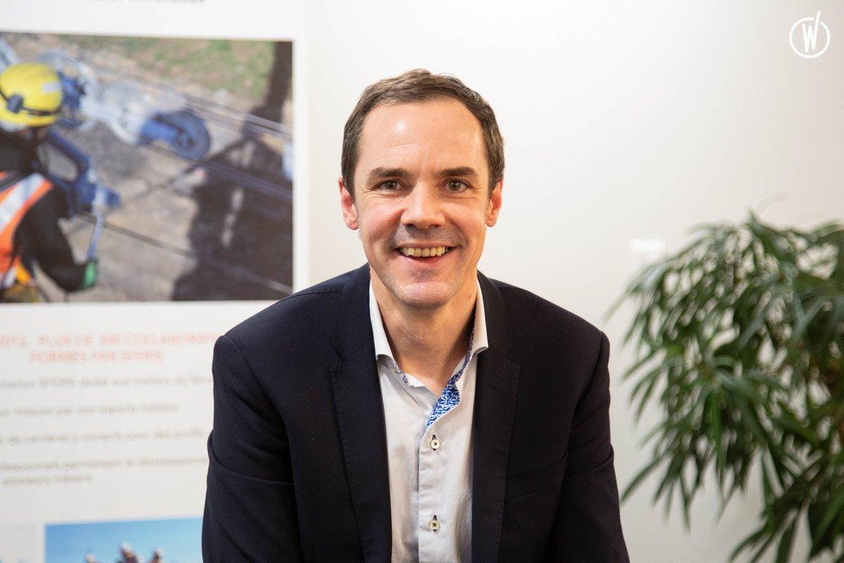 Rencontrez Thierry, Directeur des Ressources Humaines - SFERIS