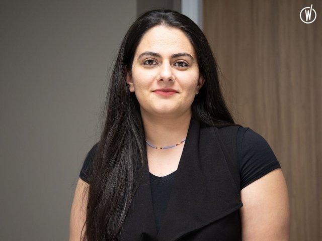 Rencontrez Mujde, Ingénieure d'affaires - les couleurs du numérique