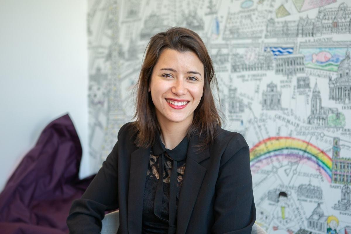 Rencontrez Laura, Real Estate Services Director - Parella
