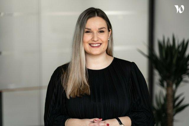 Paulína Ricová, HR Generalist/ Office Manager - BATIST Medical