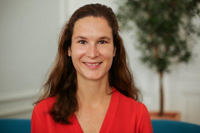 Rencontrez Cécile, Consultante - Courcelles Conseil