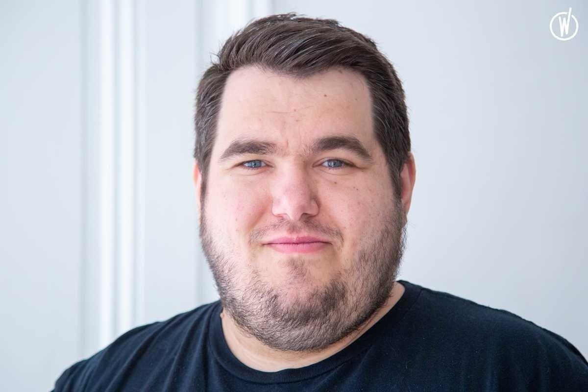 Rencontrez Romain, Développeur Informatique - Nexenture