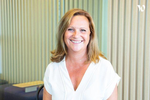 Rencontrez Stéphanie, Directrice Business Unit lefac.com - TBS Group