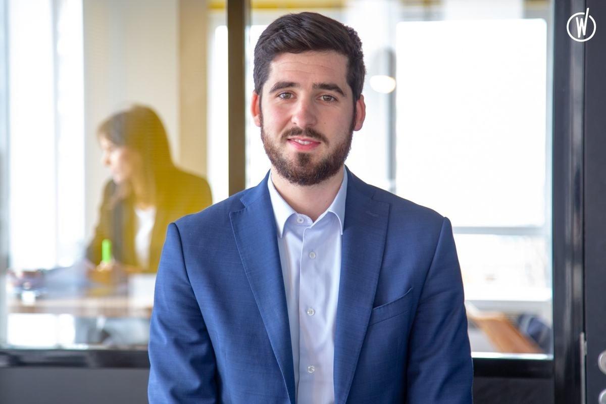 Rencontrez Thibault, Directeur commercial - Recrutimmo