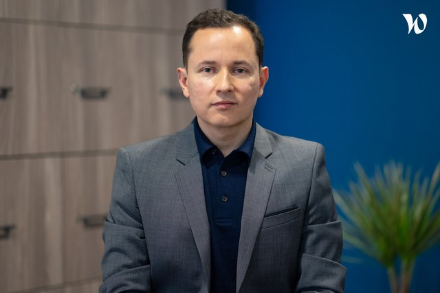 Rencontrez Carlos, CIO:CFO - TiHive