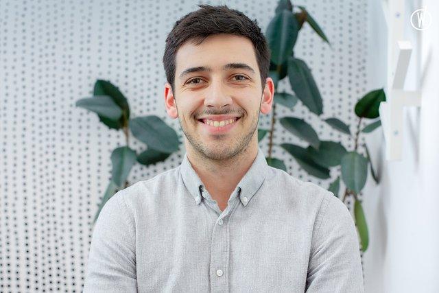 Rencontrez Antoine, Lead sales - Explain