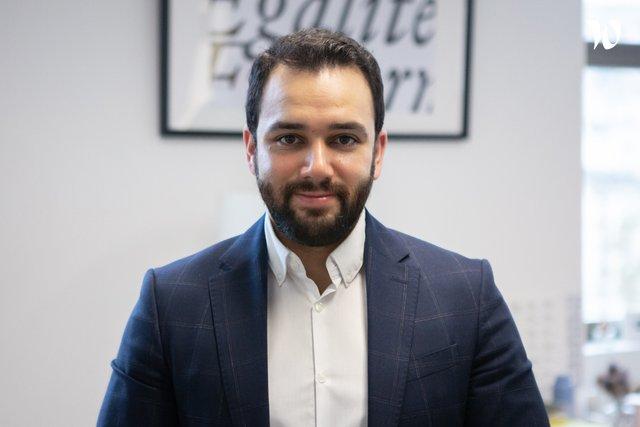 Découvrez Sébastien, Chef du pôle DICOMs et responsable de marque - Service d'information du Gouvernement