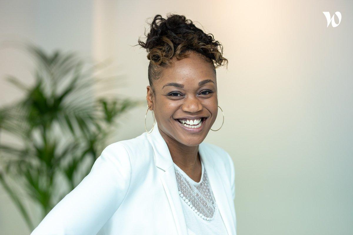 Rencontrez Edina, Conseillère clientèle  - Agéa : Agent Général D'Assurance