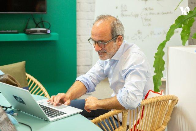 «Lui, c'est Stéphane, notre CEO. On le tutoie tous.» - Wojo