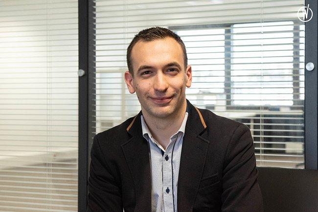 Rencontrez Benoit, Téléconseiller - Groupe ADENES