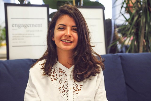 Rencontrez Safia, Responsable Marketing - Supermood