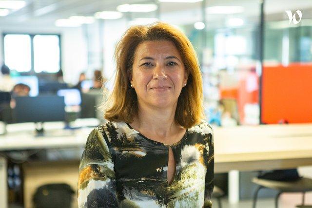Rencontrez Amel, Responsable RPO/Portefeuille projets-QA-PO - COYOTE
