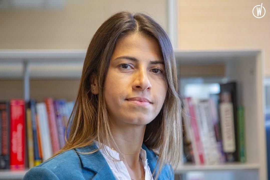 Rencontrez Nayla, Chef de projet - Orphoz, a McKinsey Company