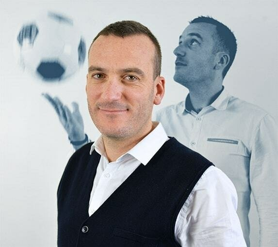 Arnaud, Directeur Adjoint - B17 Communication