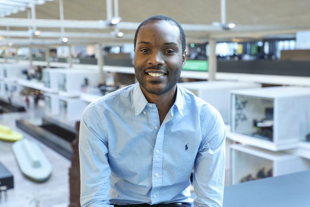 Rencontrez Charles, CEO - FITLE