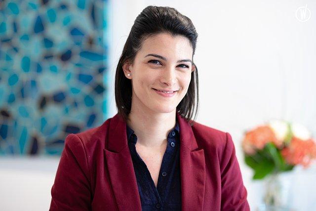 Rencontrez Anaïs, Avocate en Droit Social - COGEP