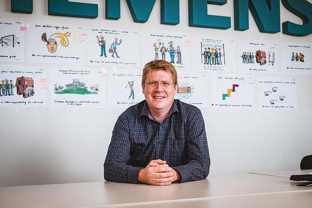 Tomáš Večeřa, Vedoucí oddělení zpracování zakázek - Siemens - závody