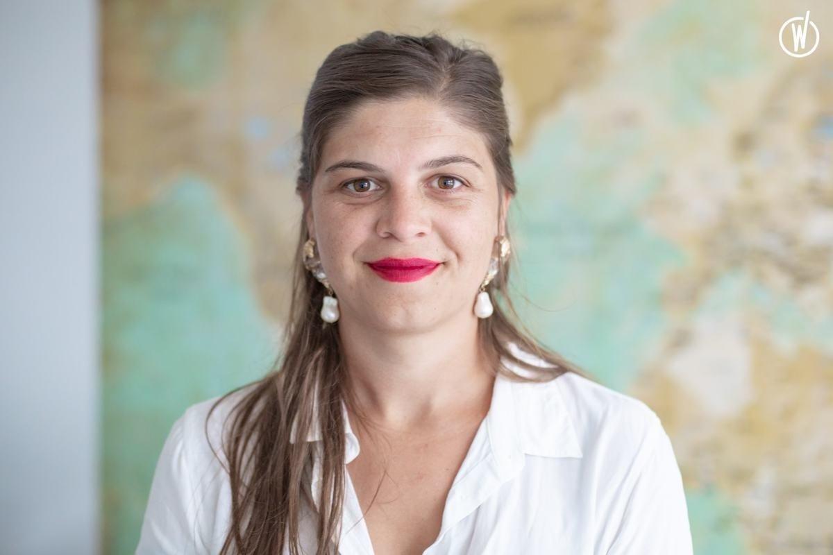 Rencontrez Léa, Junior Manager  - MARCO VASCO