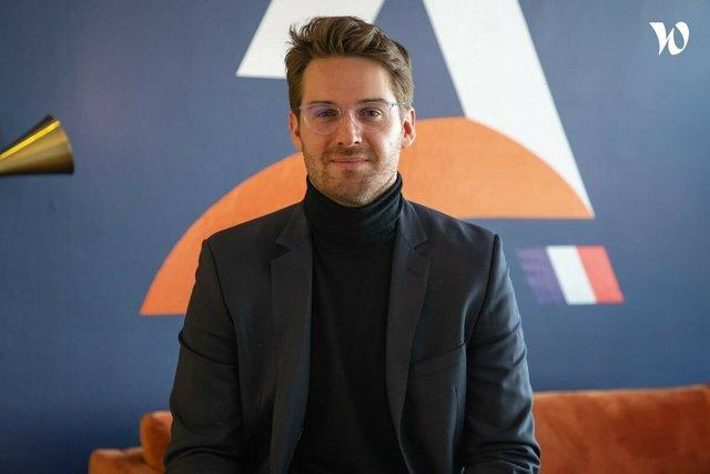 Rencontrez Louis, Business Developer  - Actusite