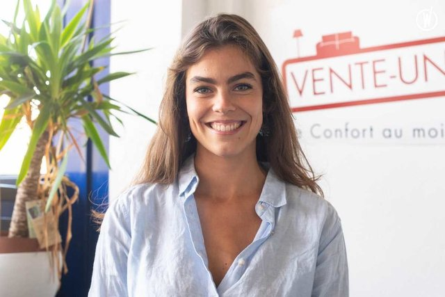 Rencontrez Gabriela, chef de produit international - Vente-unique.com