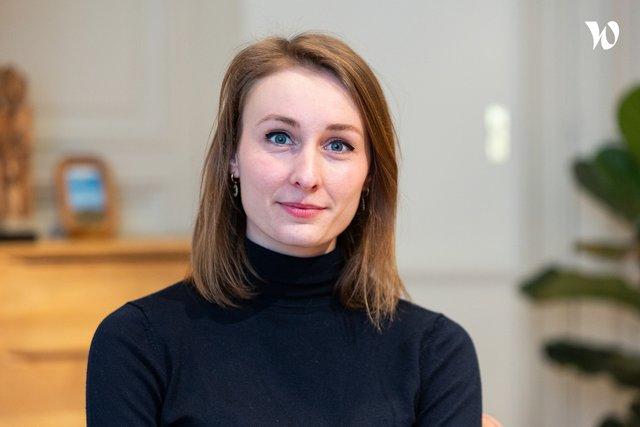 Rencontrez Nina, Project Manager Talentis:Click & Coach - Talentis