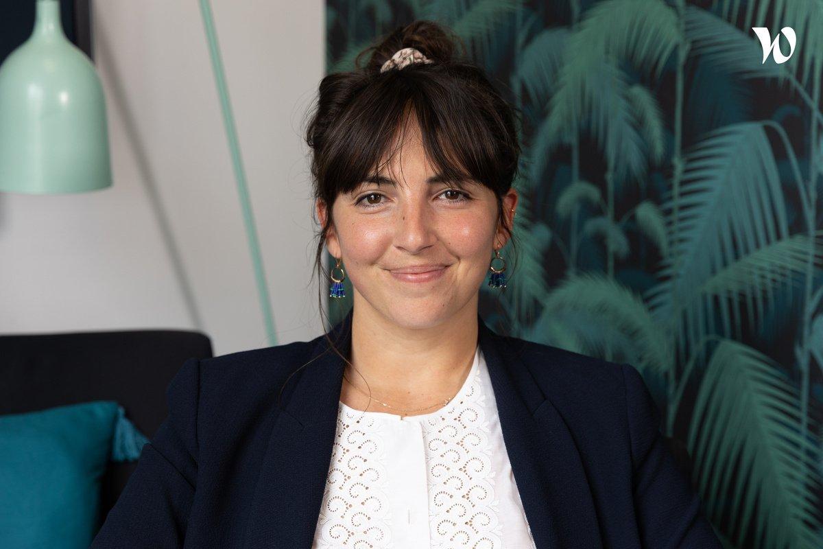 Rencontrez Julie, Responsable des Partenariats– Le Public Système Cinéma - Hopscotch Groupe