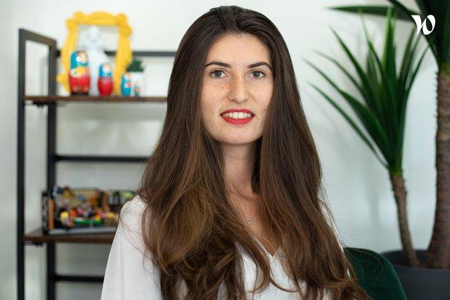Rencontrez Léna, Directrice Marketing - Whoomies