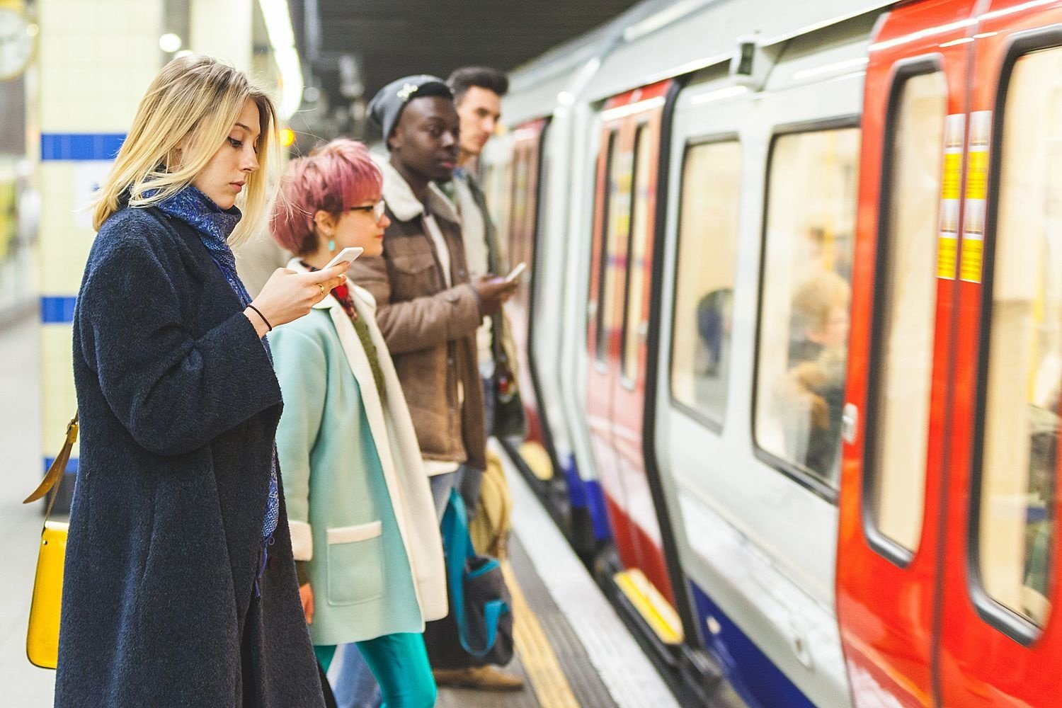 How to disconnect during your commute to work