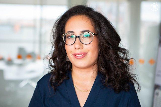 Rencontrez Maeva, Responsable Commerciale  - NonStop Consulting