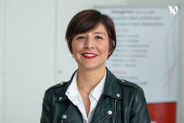 Rencontrez Camille, Consultante marchés publics senior - Caneva