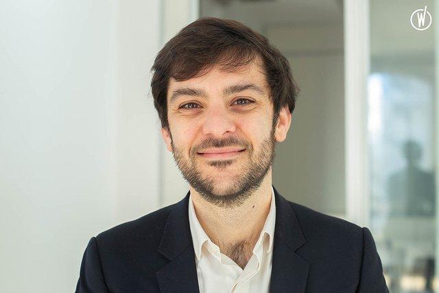 Rencontrez Léni, Directeur - Nouvelles Donnes