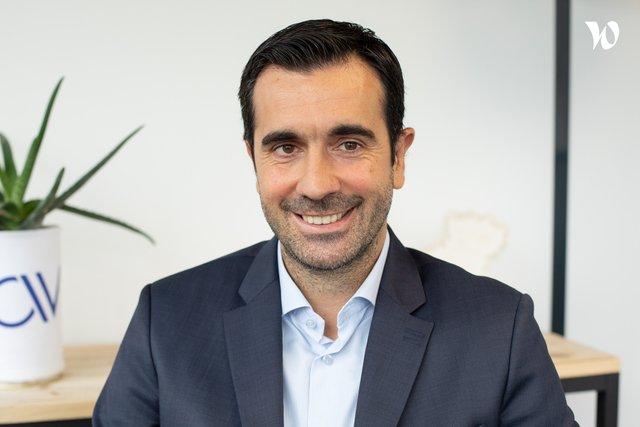 Rencontrez Pascal, Directeur Général Adjoint - AVISIA