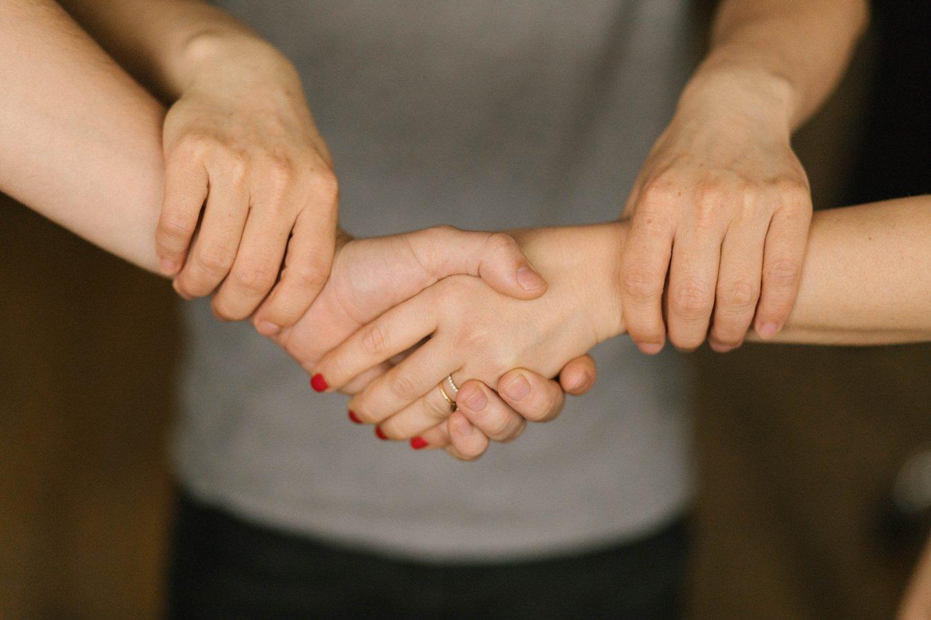 Cooptation : définition de la prime, risques et opportunités