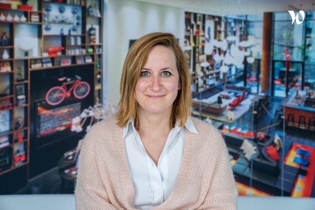 Rencontrez Leslie, CEO - Hello Customer