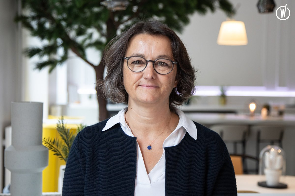 Rencontrez Cécile, Responsable Financière  - MOORE