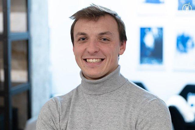 Rencontrez Charles, Co fondateur et Responsable développement commercial - M2DG