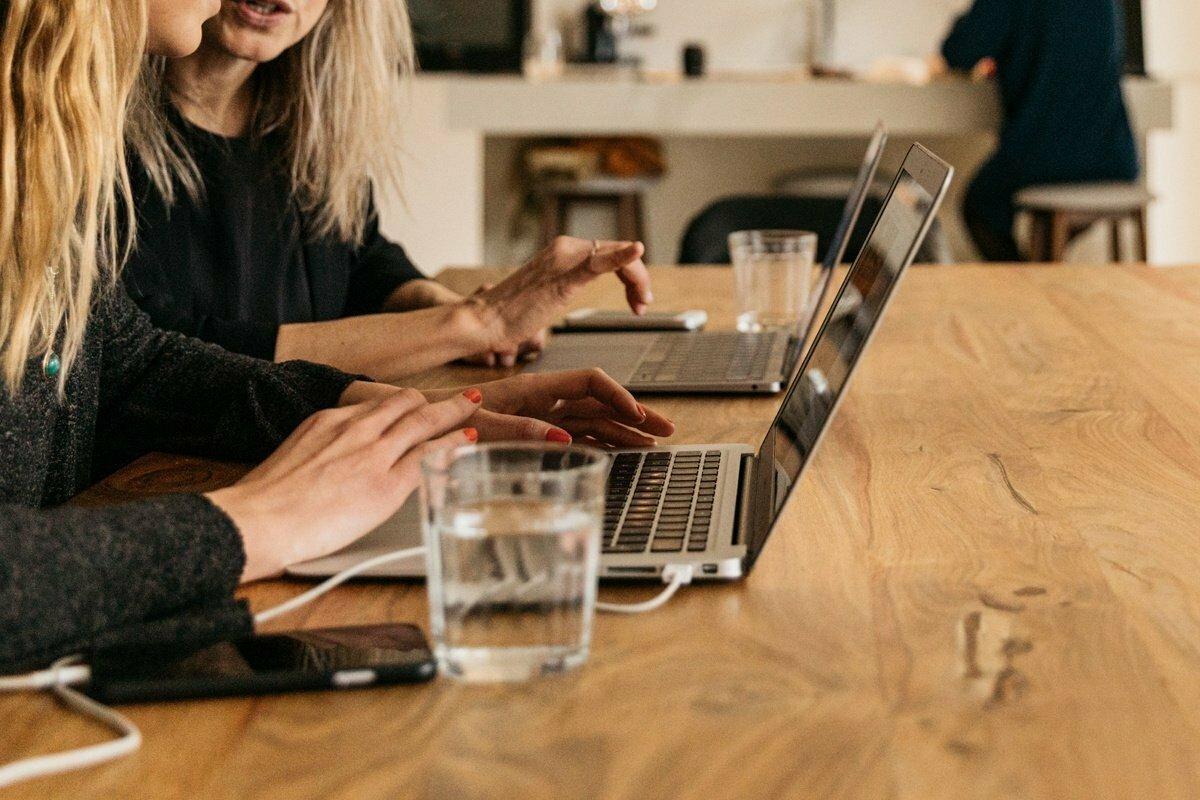 9 otázek, které byste měli položit při pracovním pohovoru