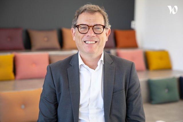 Rencontrez Nicolas, Directeur BL Customer Centric - NOVENCIA Group