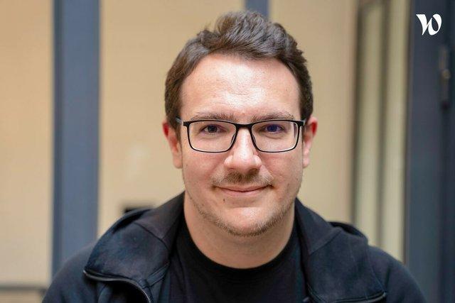 Rencontrez Alessandro , CEO  - Abyssale