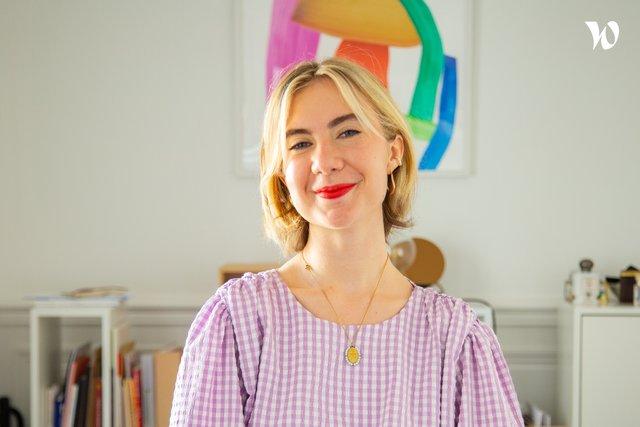 Rencontrez Melissa, Directrice Artistique - Dire Agency