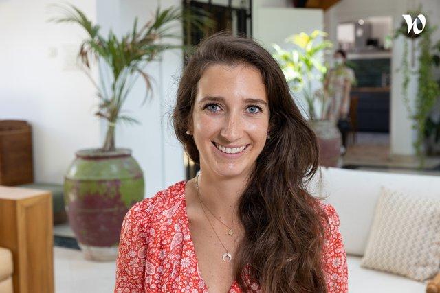 Rencontrez Juliette, Chargée de communication - Côté Sushi (Groupe ETLB)