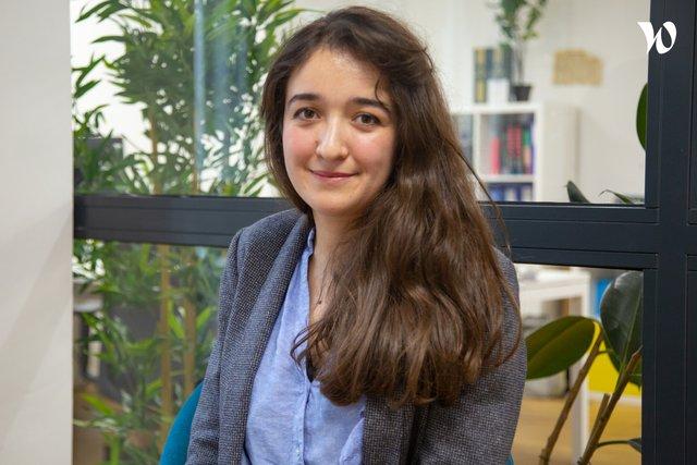 Rencontrez Yasmine, Juriste Formaliste - LegalPlace
