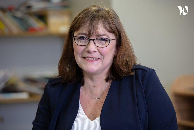 Rencontrez Sylvie, Directrice d'établissements - Les Papillons Blancs de la Colline