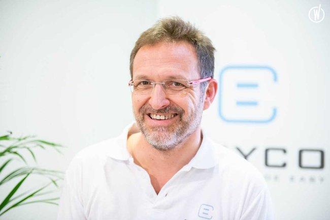 Rencontrez Carl, CEO - BuyCo