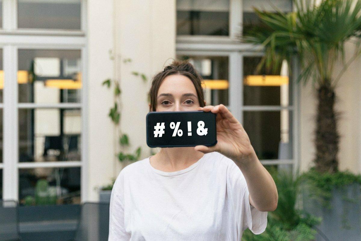 ¿Puede mi empresa inspeccionar mi actividad en redes sociales?