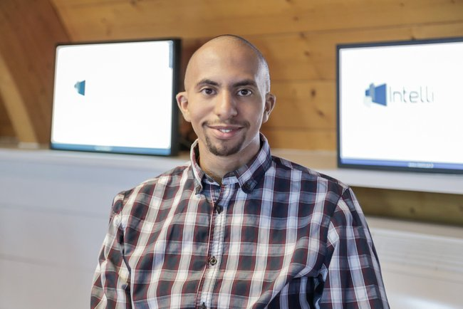 Rencontrez Younes, Technicien d'Exploitation - Intellicast
