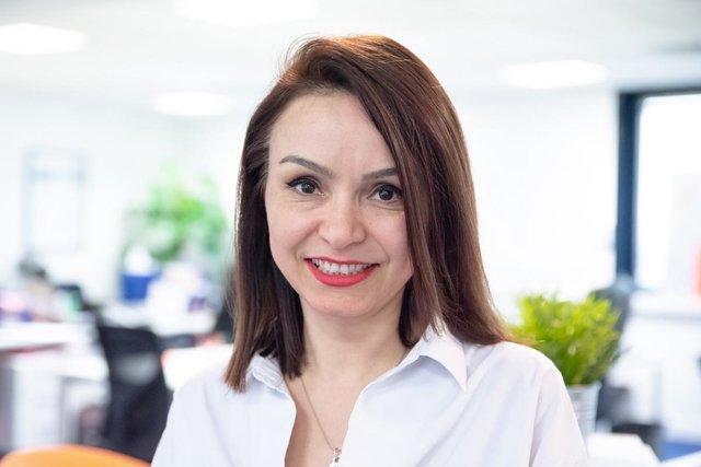 Rencontrez Ozden, Consultante référente des projets IT/digitaux - INGEVA